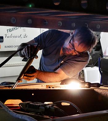 JMF-careers-mechanic